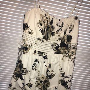 PROM DRESS / DANCE DRESS